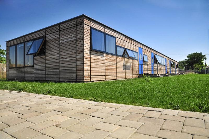 Maison façade en bois éco-responsable - Green Edifice